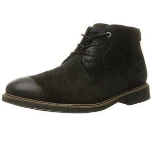 EUC Rockport Chukka black suede boots